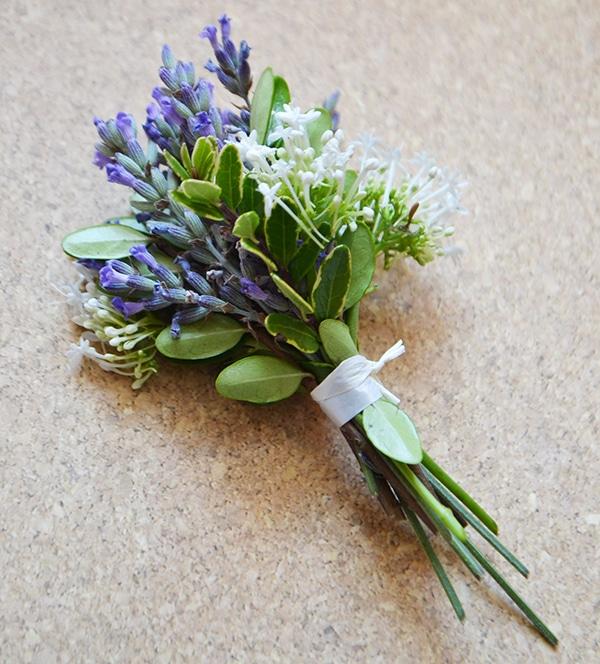 DIY: Miniature bouquets! - Wallflower Kitchen