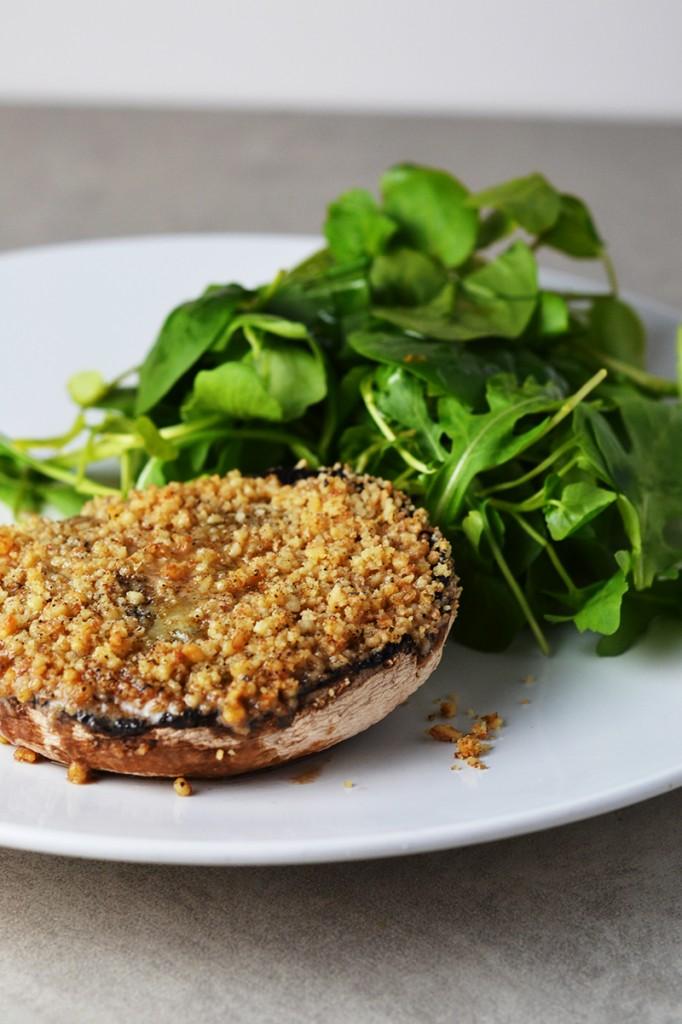 Blue Cheese & Walnut Mushrooms {Vegetarian, Grain-free}