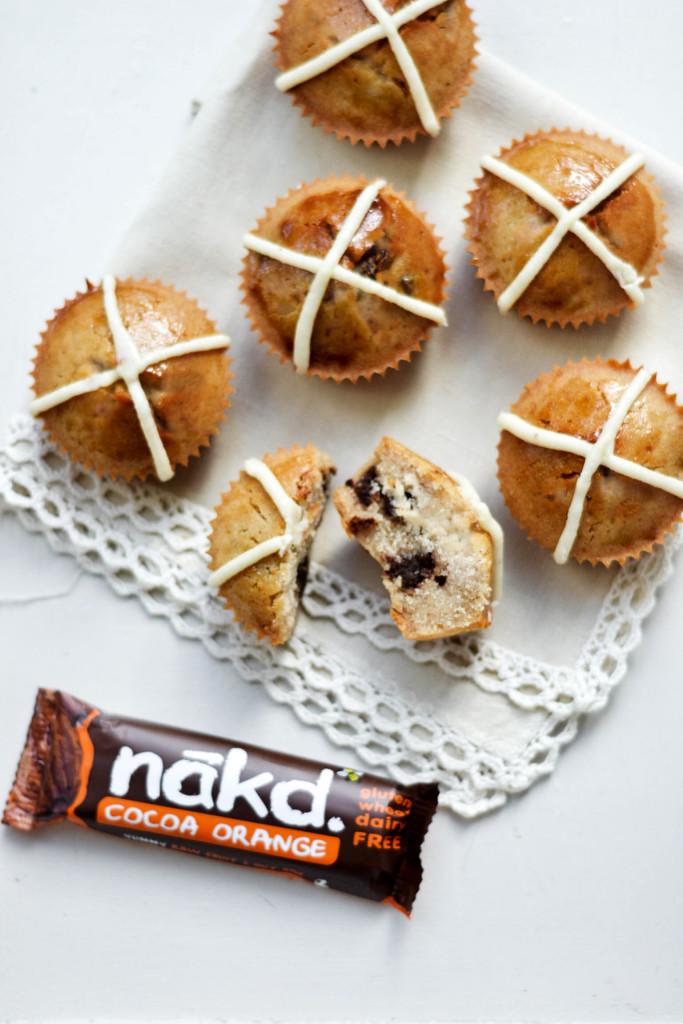 "Nākd ""Hot Cross Bun"" Cupcakes #vegan #glutenfree"