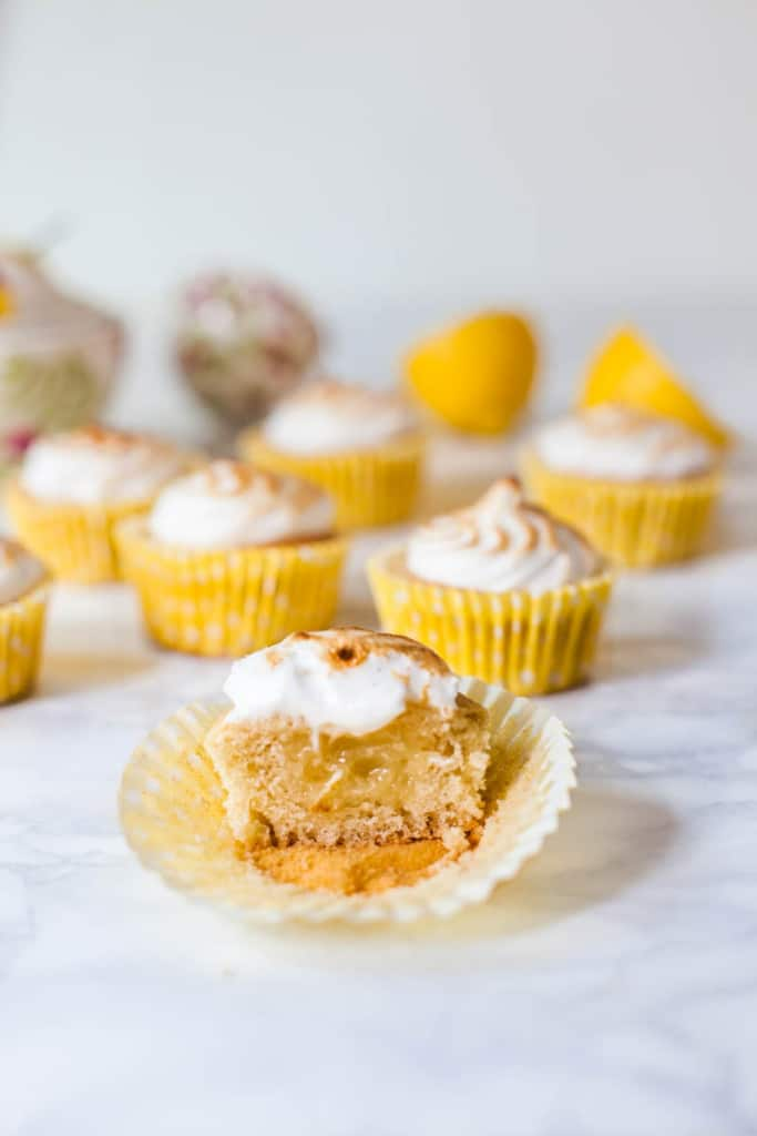 Vegan Lemon Meringue Cupcakes