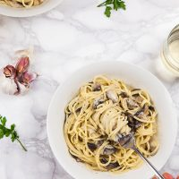 Creamy Vegan Garlic Mushroom Spaghetti