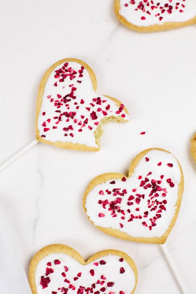 Vegan sugar-free cookie pops (gluten-free option)