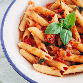 Tomato and Basil Penne Pasta (Vegan, Gluten-free Option, Low-Fat) 2