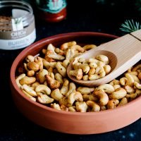 Easy Spicy Roasted Cashews