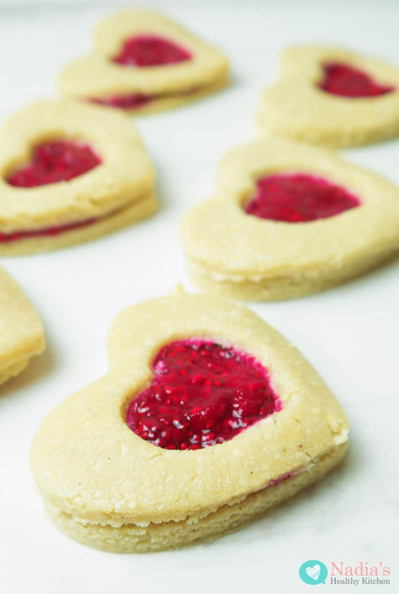 Healthy Linzer Cookies via nadiashealthykitchen.com