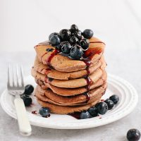 Wholewheat Vegan Blueberry Pancakes (Oil-Free)