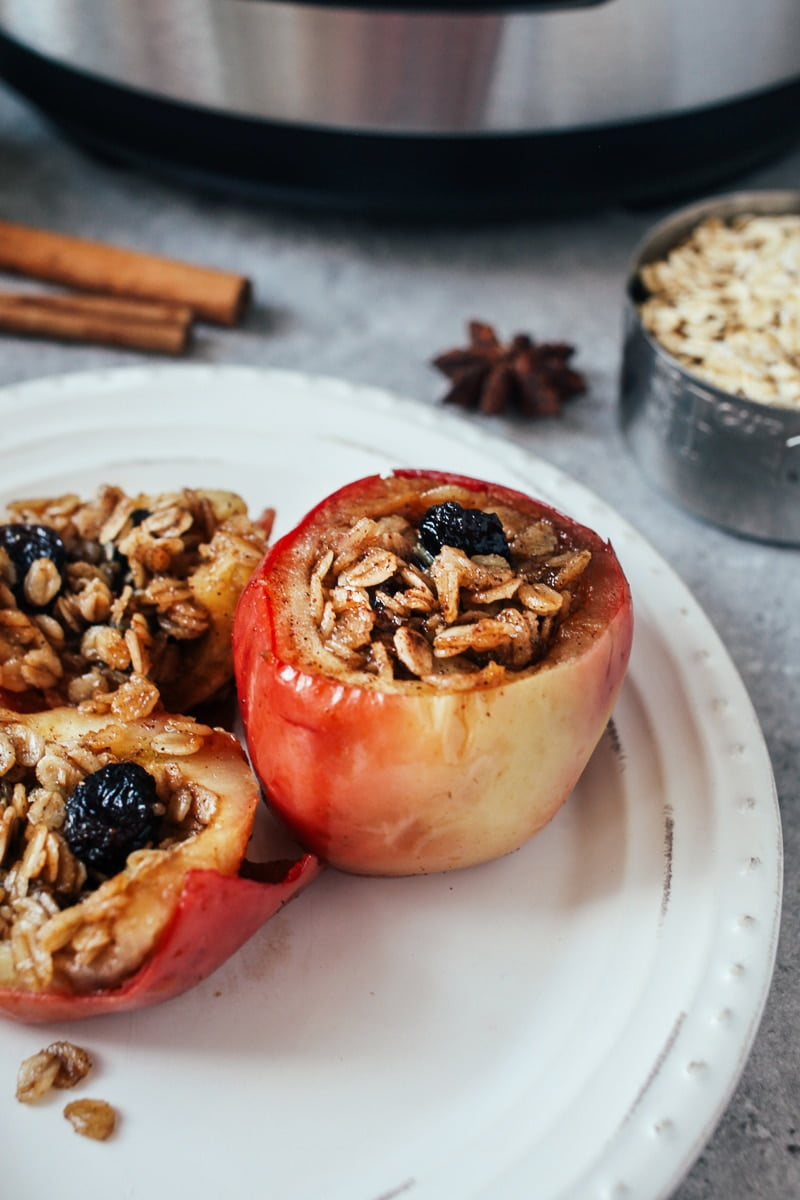 "Pressure Cooked ""Baked"" Apples! #vegan #glutenfree"