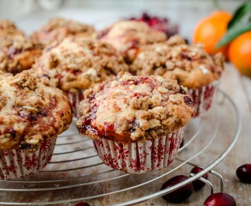 #Vegan Cranberry & Orange Streusel Muffins